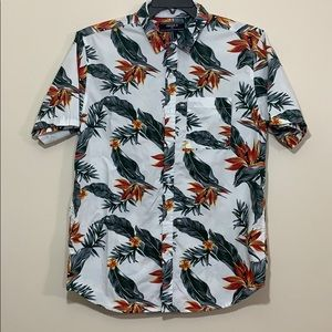 Forever 21 men Button down shirt size medium